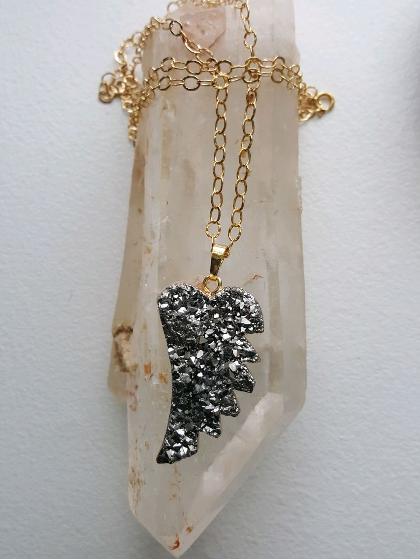Stunning silver druzy agate leaf, 24K electraplated edges and bail, on open decorative GF chain